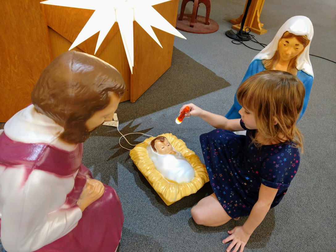 Be the Light: A Messy Church Preview